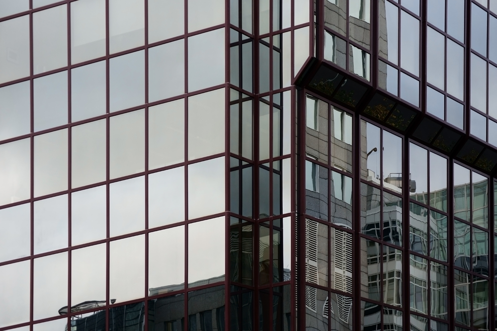 Energy Efficient Buildings Using Commercial Window Tinting